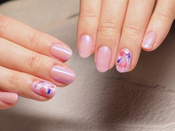 いつものピンクがピンクパールの質感に♪サムネイル