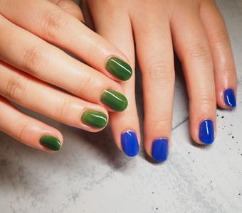 美しいカラーでキュートな指先サムネイル
