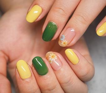 夏の黄色と緑色は可愛いのですサムネイル
